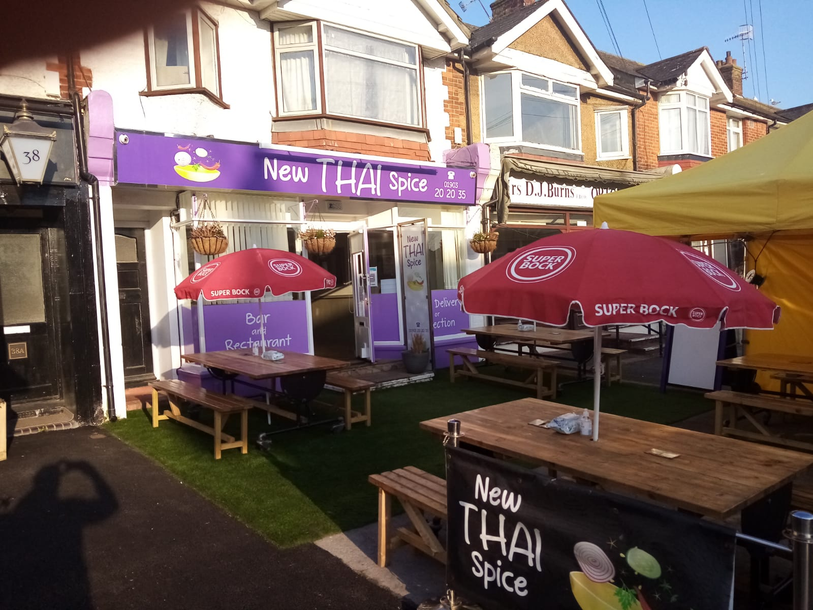 New Thai Spice Worthing Outdoor Dining Area 1
